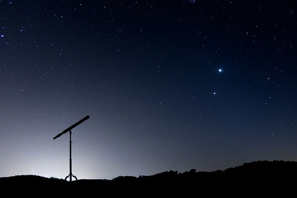 Kometa stulecia ISON już na niebie