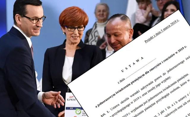 Premier Mateusz Morawiecki i minister Elżbieta Rafałska podczas prezentacji mapy drogowej dla nowych programów.