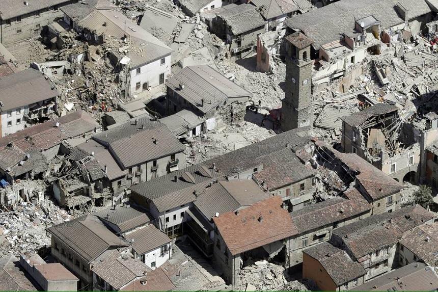 Bilanţul seismului de miercuri, din Italia, a crescut la 267 de morţi şi 387 de răniţi