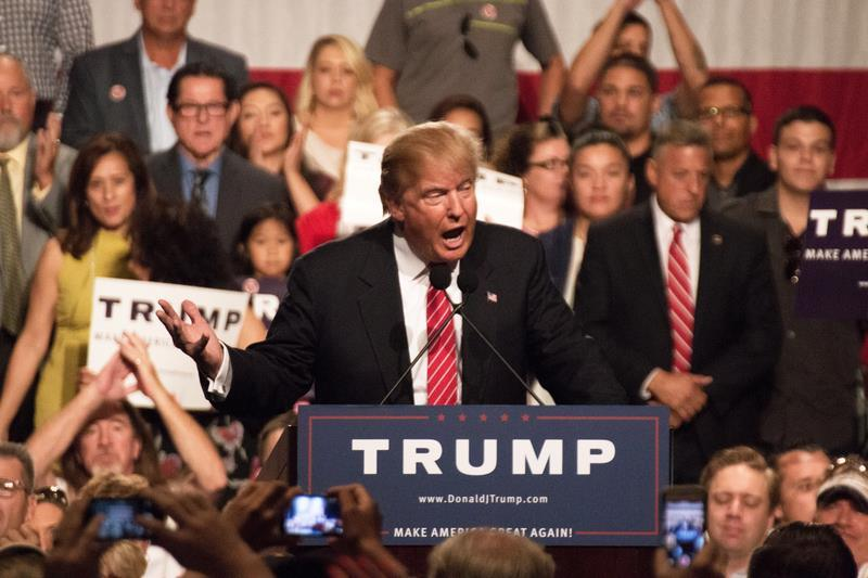 BREAKING NEWS: Republicanul Donald Trump este noul preşedinte ales al Statelor Unite ale Americii