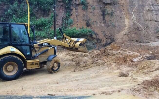 Por decorrência dos deslizamentos, Maceió está em estado de emergência desde sábado (27)