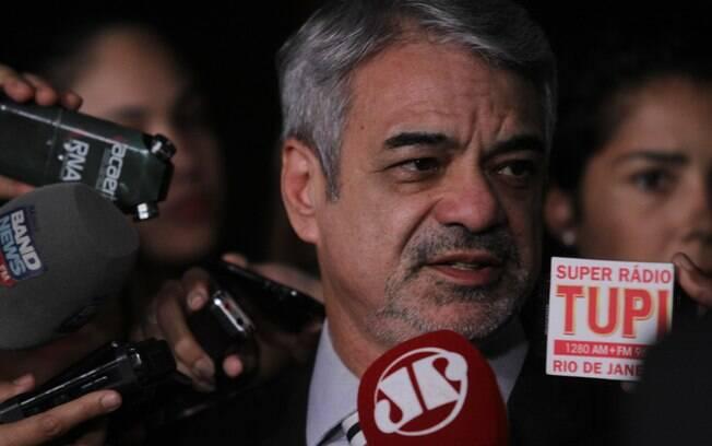 Em entrevista ao Senado, Humberto Costa assegurou que a presidente está preparada para sua defesa no Senado