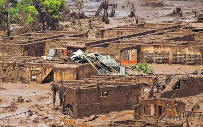Estimativa é que cerca de 60 milhões de m³ de rejeitos vazaram na tragédia em Mariana