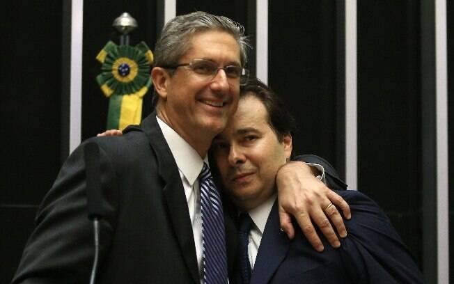 Rogério Rosso e Rodrigo Maia: segundo turno sem Marcelo Castro deixou Planalto satisfeito