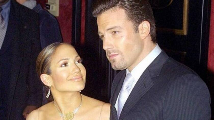 Jennifer Lopez and Ben Affleck in 2002