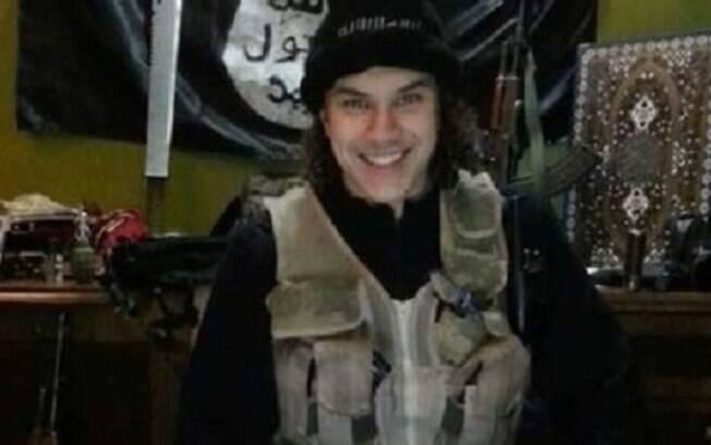 Filho de brasileira está entre os militantes do Estado Islâmico no Oriente Médio. Foto: Reprodução/Facebook