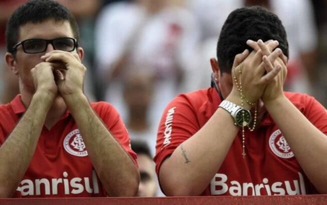 Torcedores do Inter lamentam queda à Série B