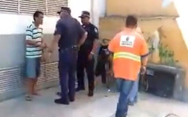 Estudante de jornalismo flagrou a atitude despreparada e covarde dos agentes da GCM em São Paulo