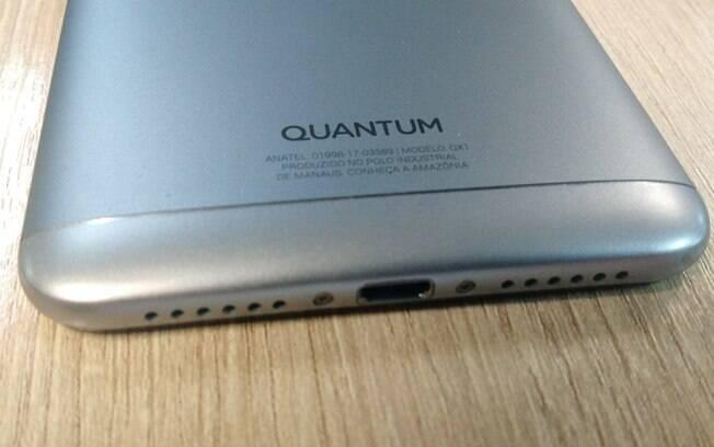 Quantum Sky oferece entrada MicroUSB e saída de fone de ouvid