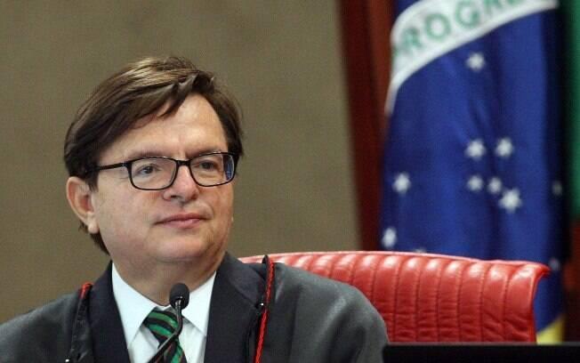 Ministro do TSE, Herman Benjamin assumiu relatoria de ação contra Dilma e Temer somente em agosto do ano passado