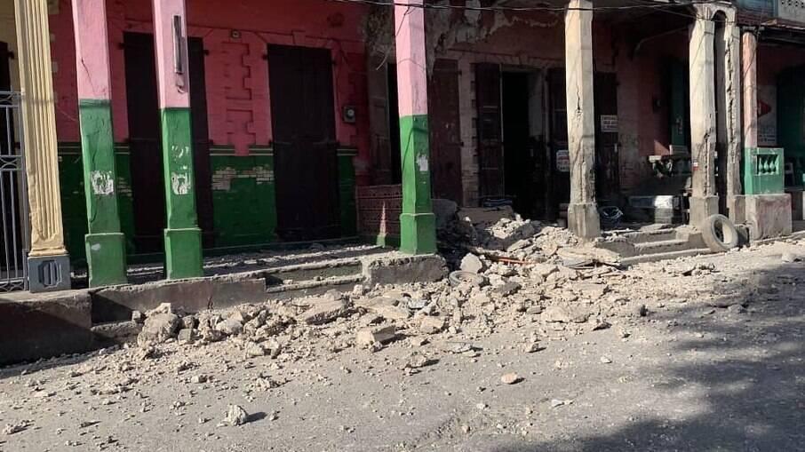 Segundo terremoto no mesmo dia no Haiti deixou ainda mais destruição
