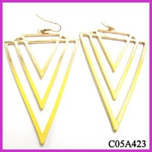 2013 new product neon yellow triangle dangle earring jewelry fashion