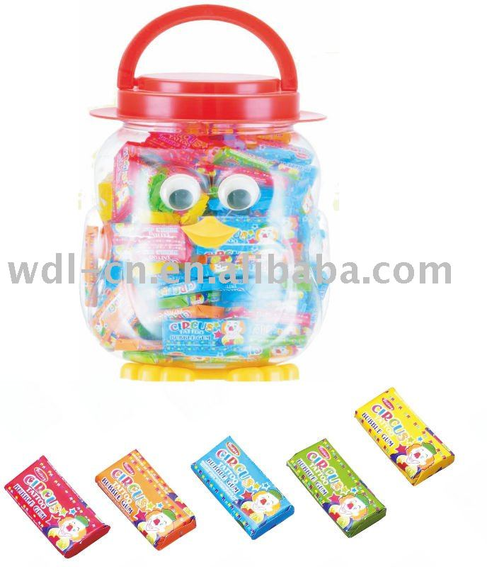 Tattoo bubble gum in baby penguin shaped jar(confectionery chewing gum)