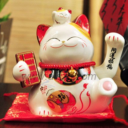https://i2.wp.com/i00.i.aliimg.com/wsphoto/v0/521913080_1/High-quality-waving-ceramic-Maneki-Neko-Lucky-cat-fortune-cat-merchant-office-store-decoration-business-gift.jpg