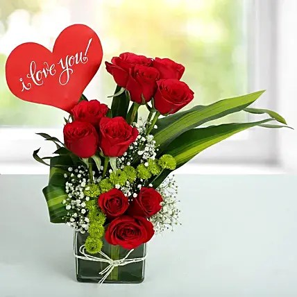 Red Roses Love Arrangement Gift Rose Bunches Ferns N Petals