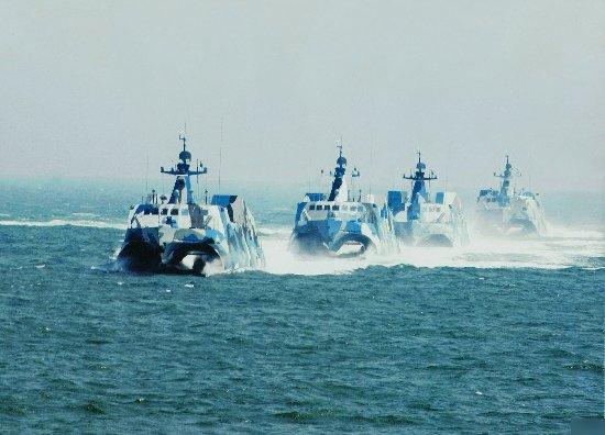 中國狼群飽和打擊:輕鬆射翻美航母 - 每日頭條