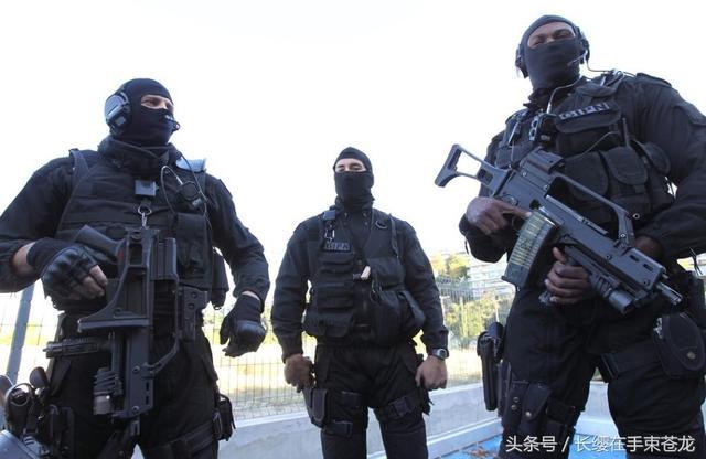 警察部隊進行反恐戰術演練 - 每日頭條