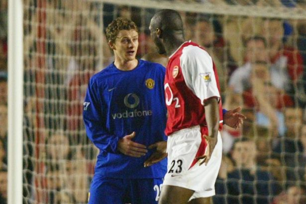 Sol Campbell accuses Ole Gunnar Solskjaer after the Arsenal man is sent off in 2003.