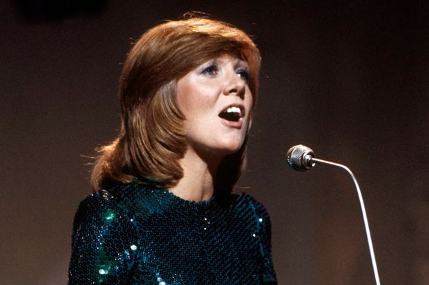 Cilla Black singing