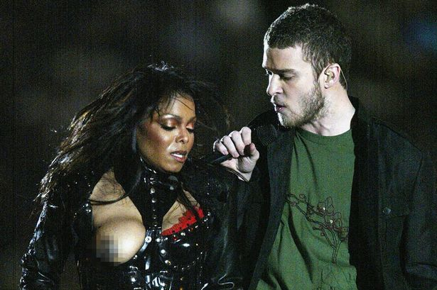 Justin Timberlake performs with Janet Jackson during the halftime show at Super Bowl XXXVIII between the New England Patriots and the Carolina Panthers at Reliant Stadium on February 1, 2004 in Houston, Texas