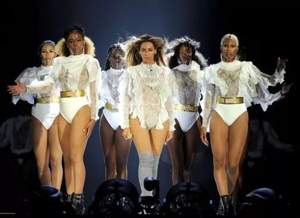 Si te gusta, entonces debería haber puesto una SIM en él: ¿Podría Beyonce pronto tendrá su propia Chatbot?