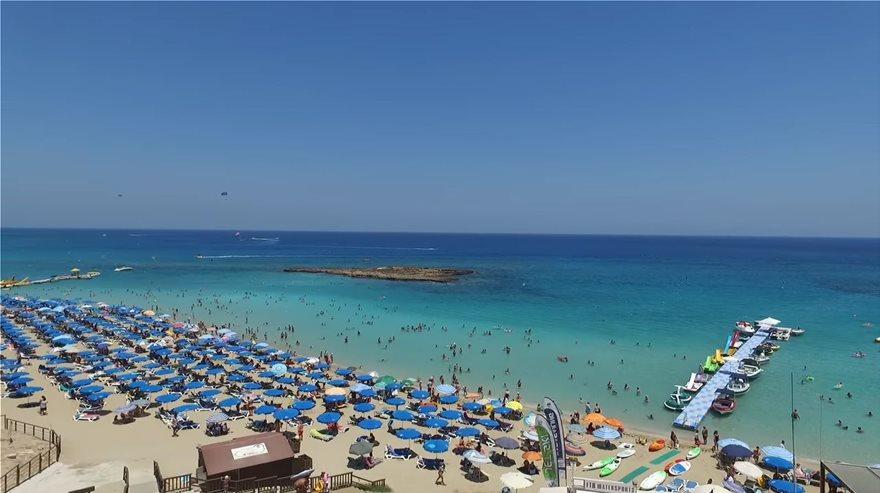 kypros-beach-ena
