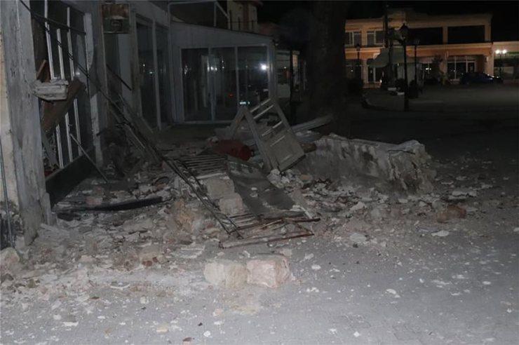 sismos-katedafisi-ktirio-maketa_4