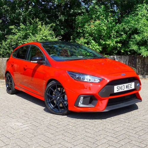 ford focus rs stock exhaust sound by