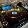 DJ TIK TOK HARUSKAH AKU JADI ORANG YANG BERBEDA FULL BAS RANDARZKY mp3