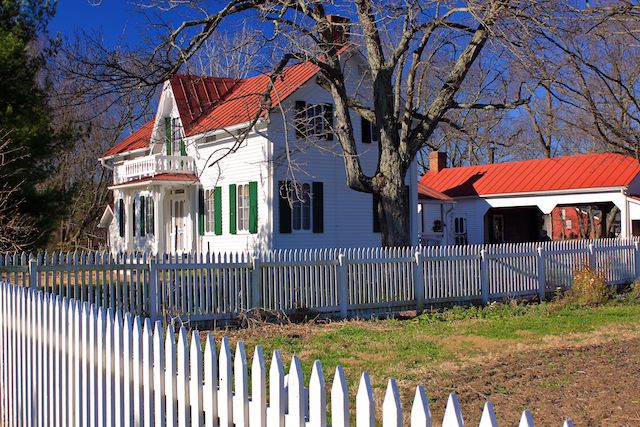 Gothic Revival Farmhouse A Photo From Ohio Midwest