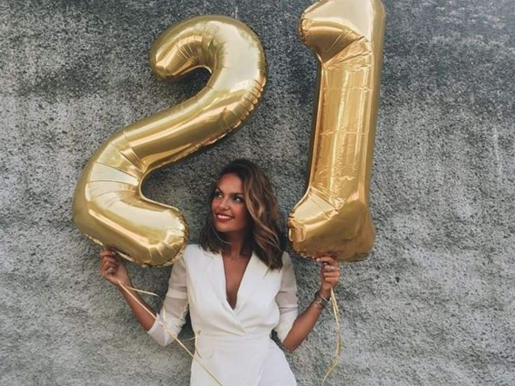 10 Outfits To Slay In On Your 21st Birthday Society19