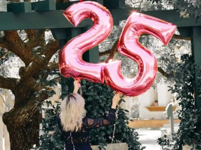 25 Ideas To Celebrate Your 25th Birthday Society19