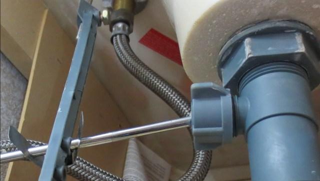 Bathroom Sink Drain Stopper Repair fix sink drain plug bathroom