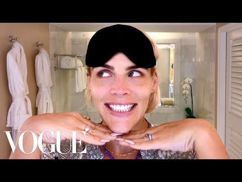 Busy Philipps's Guide to Retinol, Rollers and Nighttime Beauty   Beauty Secrets   Vogue