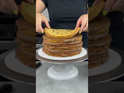 Chocolate Chip Banana Cake | CHELSWEETS #shorts