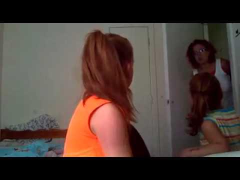 Scottish Mum Tells Girls Off For Not Flushing Toilet Youtube