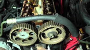 Suzuki Forenza Head Removal  Part 6 (Front Engine Parts