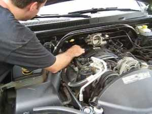 How to Change Your Spark Plugs Part 1  Jeep 47L  YouTube