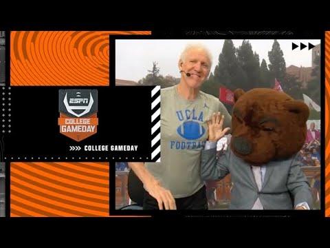 Lee Corso's headgear pick for Oregon vs. UCLA with Bill Walton | College GameDay