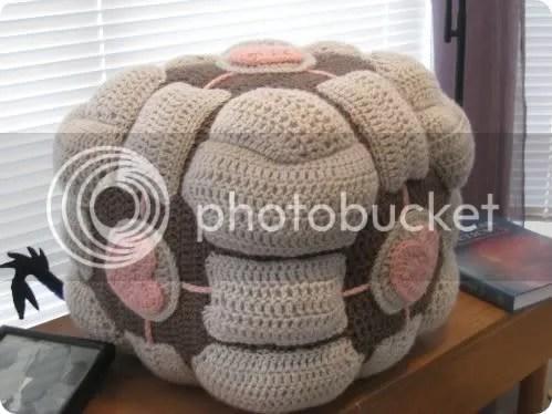 crocheted companion cube