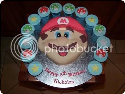 mario cupcakes/cake
