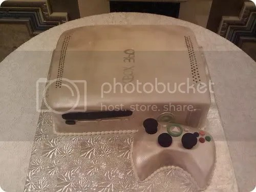xbox 360 wedding cake