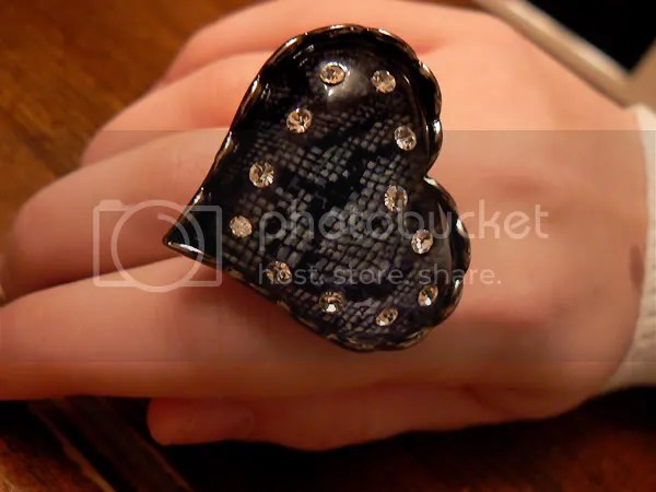 Betsey Johnson heart ring