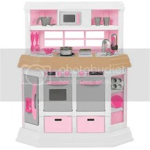 American Plastic Toys Girls Cookin Kitchen And Deluxe