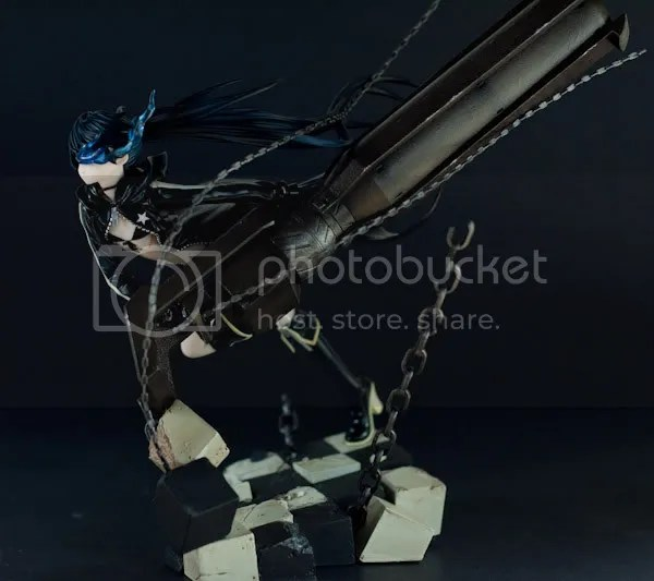 Black Rock Shooter's side