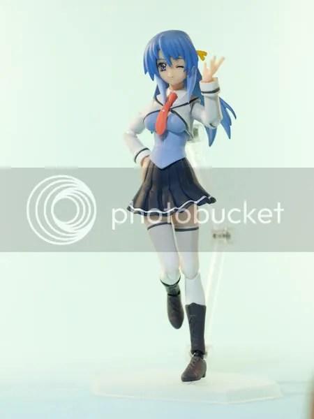 Izumi Shizuno posing
