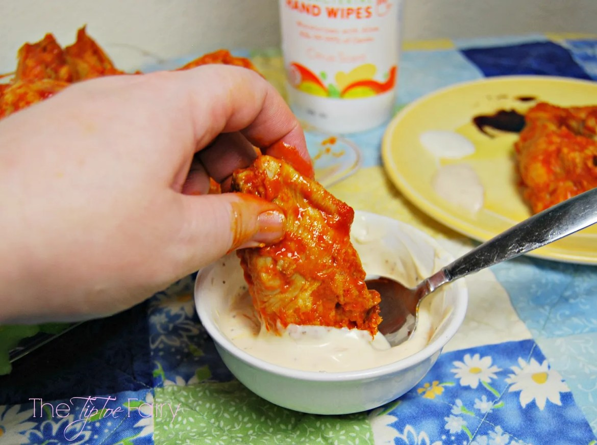 Any'Tizers Wings & Homemade Dipping Sauces | #wingsandwipes #pmedia #ad