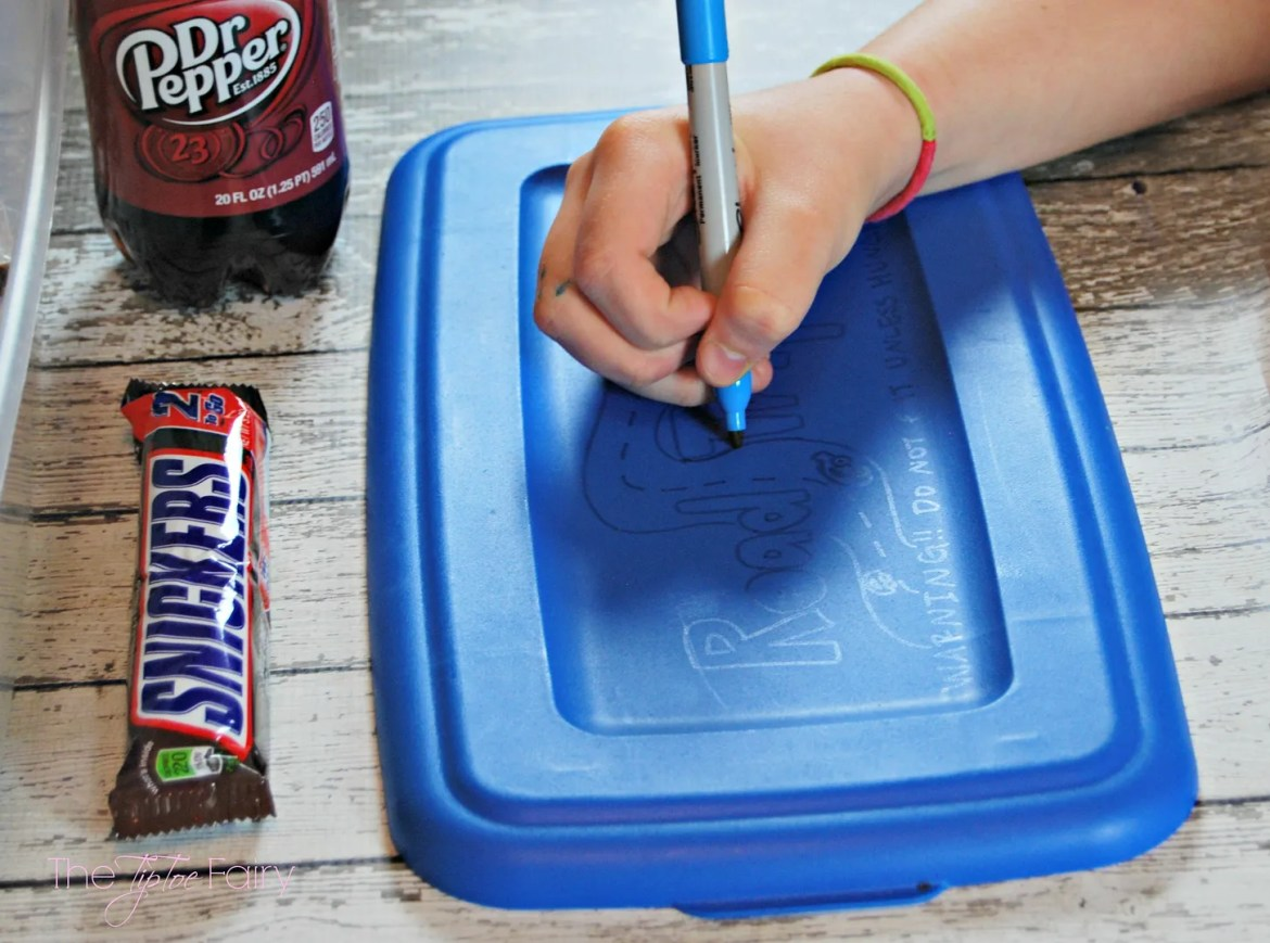 Road Trip Snack Box - Refueling with SNICKERS® and Dr Pepper | The TipToe Fairy #Refuel2Go #shop #cbias #roadtrip
