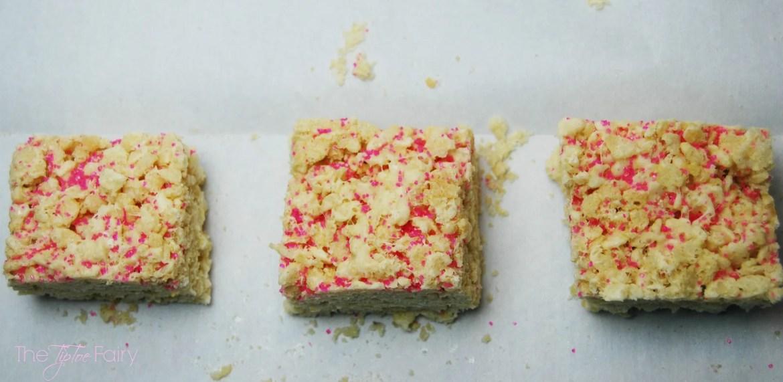 Cake Batter Rice Crispy Treats | The TipToe Fairy #cakebatter #ricecrispytreats #dessertrecipes