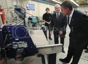 President Obama views a ShopBot in Action at Loraine County Community College